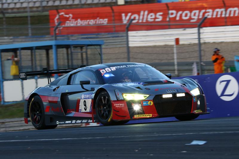 総合トップを走るAudi Sport Team WRT 9号車「Audi R8 LMS」