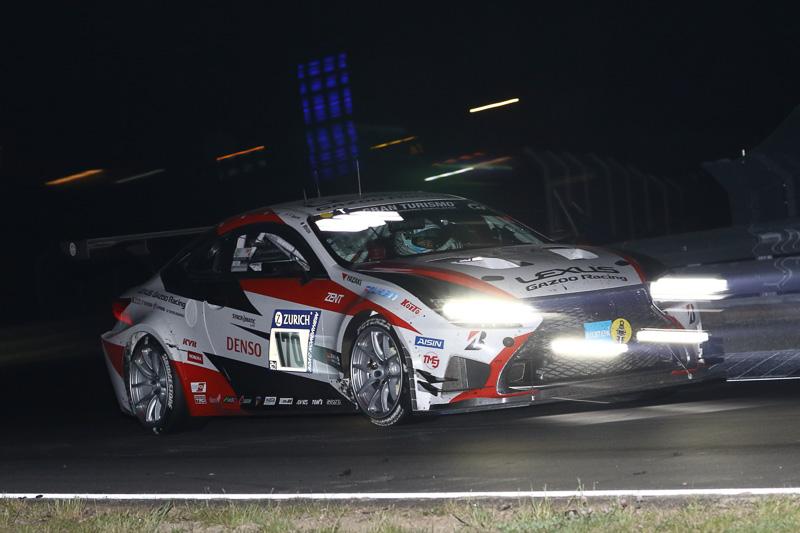 SP 3Tクラス2番手スタートのToyota Gazoo Racingの170号車「Lexus RC」は6時間経過付近でトラブル発生、SP 3Tクラス3位を走行中