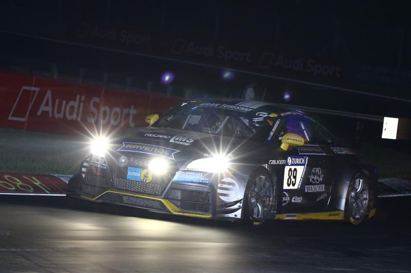SP 3Tクラスのトップを走行するLMS Engineeringの89号車「Audi TTRS2」