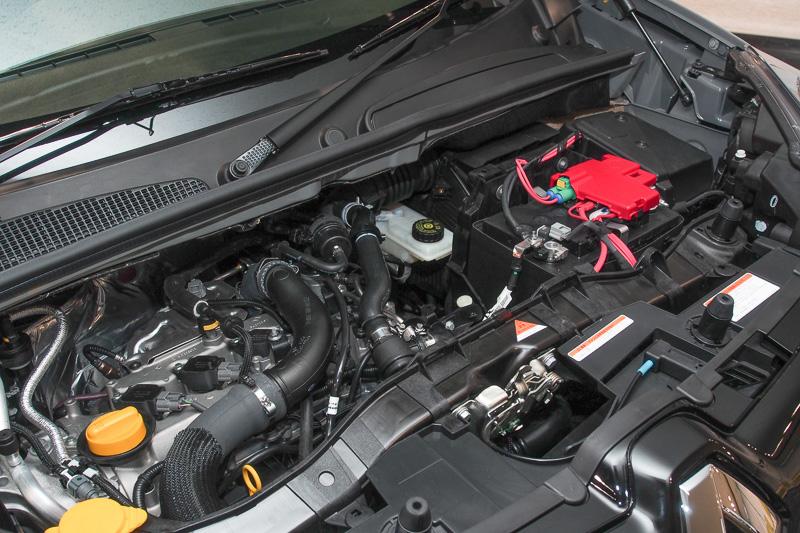 エンジンは直列4気筒DOHC 1.2リッター直噴ターボ。最高出力は84kW(115PS)/4500rpm、最大トルクは190Nm(19.4kgm)/2000rpm