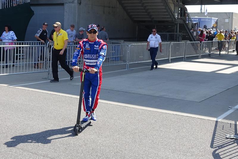 世界三大レース「インディ500」を日本人として初優勝した佐藤琢磨選手