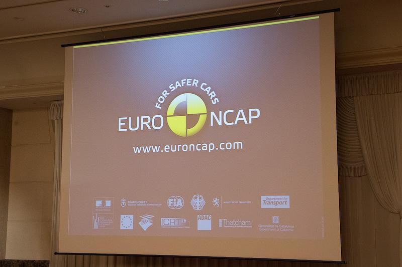 Euro NCAPについて。Euro NCAPは12のメンバーから成るものであり、7つの政府、5つのNGOが関わっている