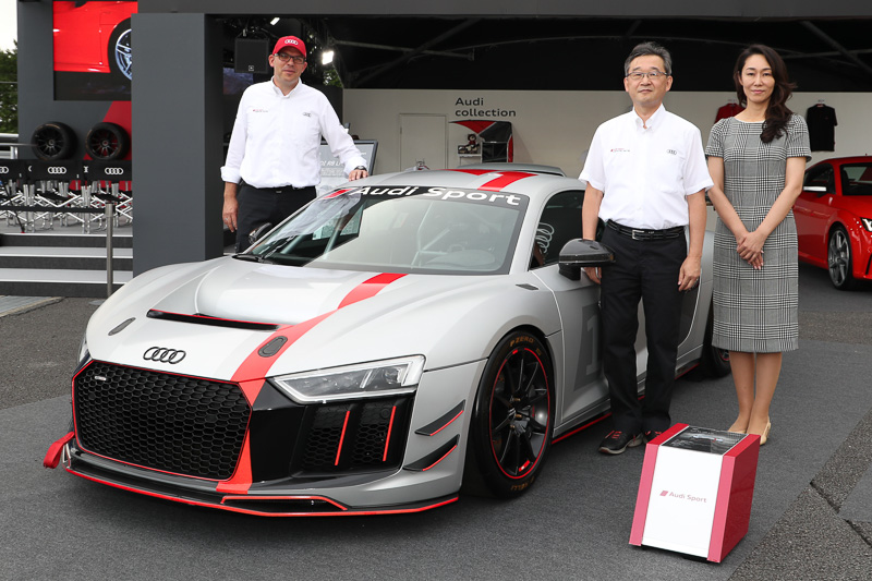 アウディは富士スピードウェイにおいて「Audi R8 LMS GT4」を日本初公開した