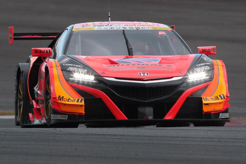 GT500クラスを優勝した8号車 ARTA NSX-GT(野尻智紀/小林崇志組、BS)。ドライバー2人はGT500クラス初優勝
