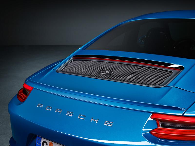911 GT3 ツーリングパッケージのエクステリアはリアが特徴となる