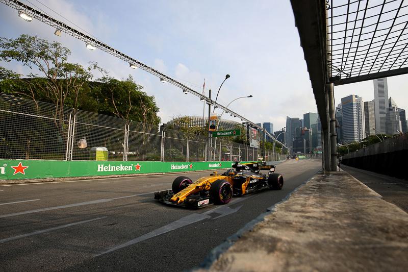 F1世界選手権シリーズ第14戦 シンガポールグランプリのレースの模様 2017(C)RENAULT SPORT
