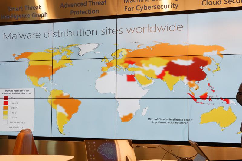 パブリッククラウドではセキュリティの問題がどうしてもつきまとう。しかしMicrosoft Digital Crimes Unit Asiaは、サイバーセキュリティの研究部門としてマイクロソフト製品に常に情報をフィードバック。高いセキュリティの維持に貢献している