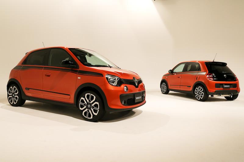 トゥインゴGTのボディサイズは3630×1660×1545mm(全長×全幅×全高)、ホイールベースは2490mm。車両重量は「ゼン MT」から50kg、「ゼン EDC」から10kg増の1010kg