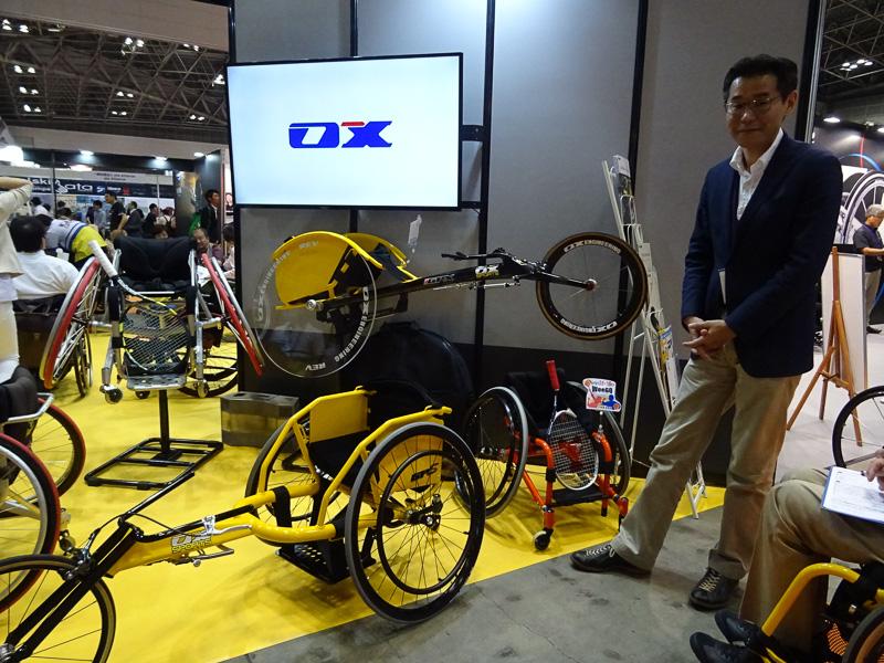 車椅子スポーツの振興にも力を入れるOXエンジニアリング。現在は石井勝之氏が2代目社長を務める