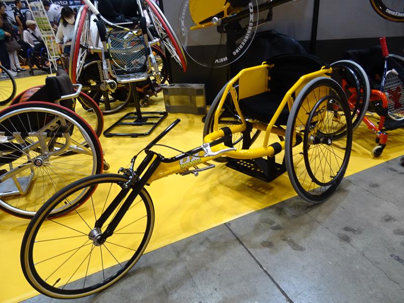 より多くの人に車椅子陸上の楽しさを知ってもらいたいと開発された「GP-S」