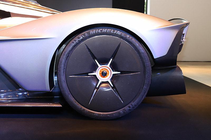 タイヤにテクニカルパートナーのミシュラン「Pilot Sport Cup 2」を装着