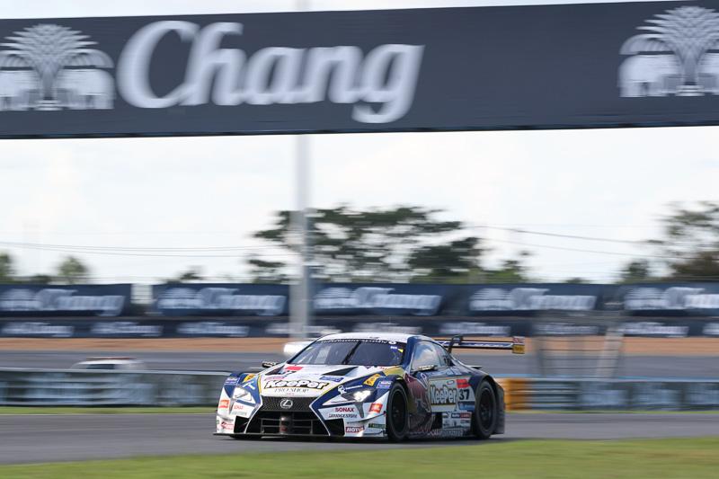 優勝したGT500の37号車「KeePer TOM'S LC500」(平川 亮/ニック・キャシディ組、BS)