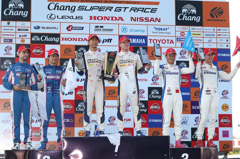 GT500の表彰式