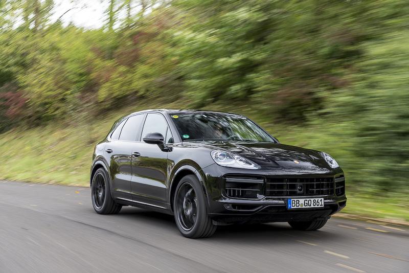 8月に発表された新型「カイエン」(車両はプロトタイプ)。今回のモデルチェンジで3代目となった