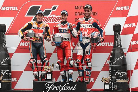 【2017 MotoGP 日本グランプリ】ヘビーウェットのレースを制したDucatiのドヴィツィオーゾ選手が今シーズン5度目の優勝 MotoGP日本グランプリ、優勝はドヴィツィオーゾ選手
