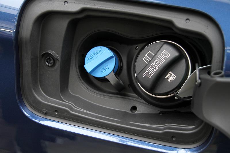 ディーゼルエンジンでは最新の尿素SCR技術を採用した