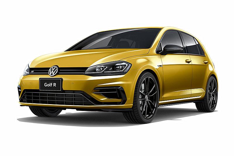 Rに初設定となる有償オプションカラー(3万2400円高)の「ターメリックイエローメタリック」。販売台数は30台限定