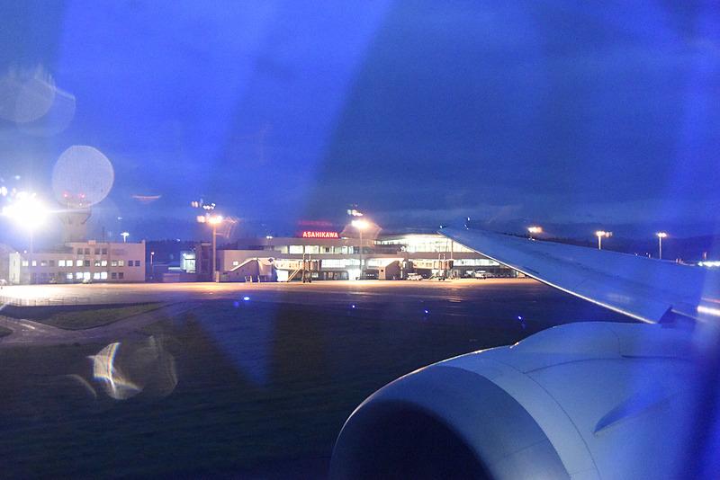 旭川空港から離陸