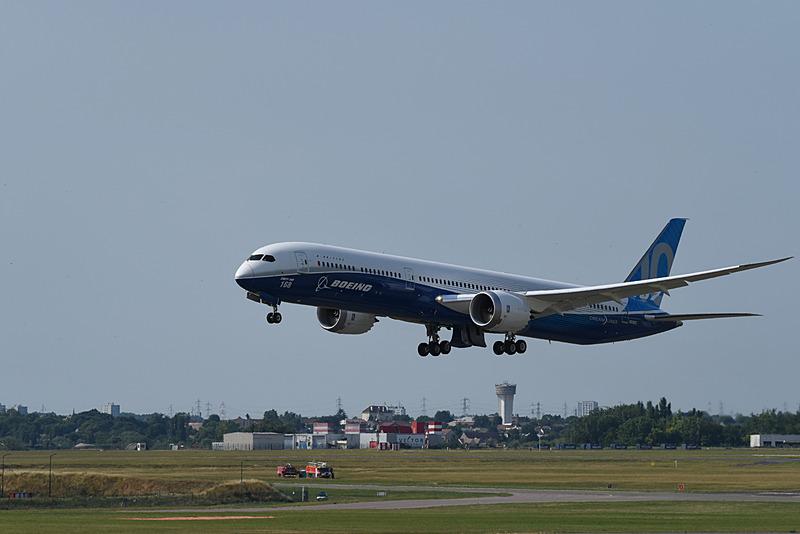 こちらは最新のボーイング 787-10型機