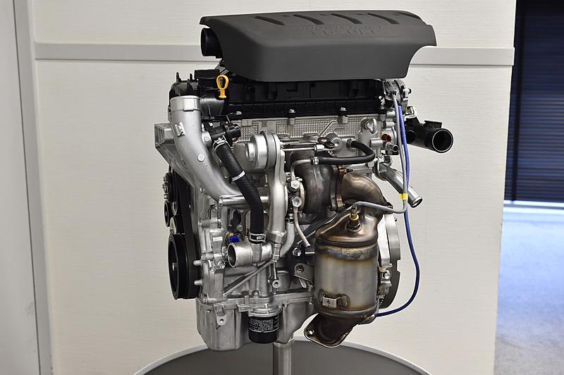 K14C型エンジンの単体モデル。最高出力103kW(140PS)/5500rpm、最大トルクは230Nm(23.4kgm)/2500-3500rpmを発生し、ターボにはウエストゲートバルブのノーマルクローズ制御を採用してアクセル操作に対するレスポンスを高めている
