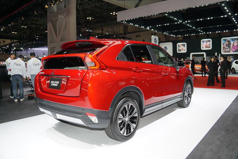 2017年度末に発売予定の新型車「エクリプスクロス」