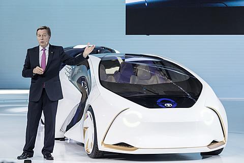【東京モーターショー2017】トヨタのテーマは「Start Your Impossible(不可能と思えることにチャレンジしよう)」 トヨタ自動車株式会社 取締役副社長 ディディエ・ルロワ氏