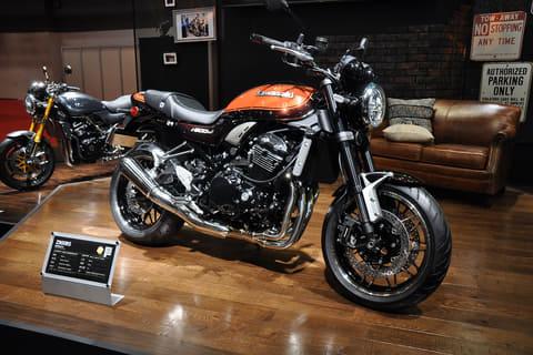 【東京モーターショー2017】カワサキは往年のZシリーズのデザイン、性能、サウンドを継承する「Z900RS」世界初公開 世界初公開の「Z900RS」