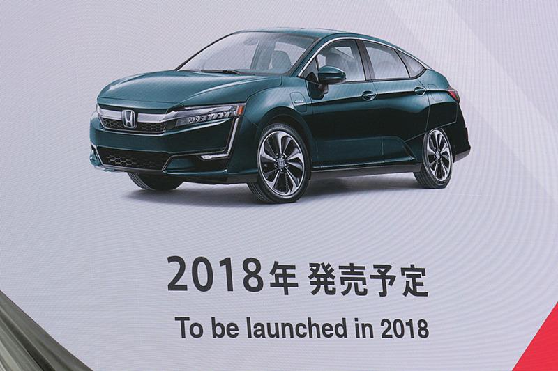 PHEV(プラグインハイブリッドカー)が電動車両の普及で中心的な役割を果たすとの考えから、「クラリティ PHEV」を2018年夏から日本市場に投入