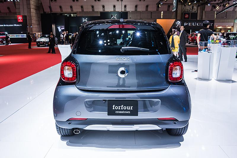 オンライン販売限定の特別仕様車「スマート フォーフォー turbo crosstown limited」