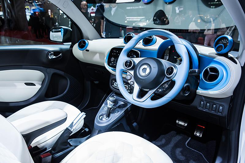 「スマート ブラバス cabrio」テーラーメイドモデルのインテリア