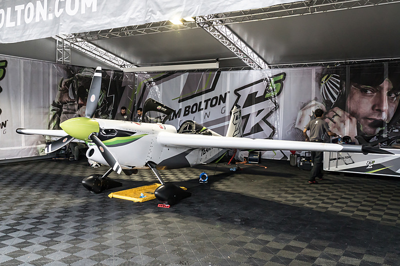 クリスチャン・ボルトン選手(No.5:クリスチャンボルトン レーシング、チリ)の機体「EDGE 540 V2」