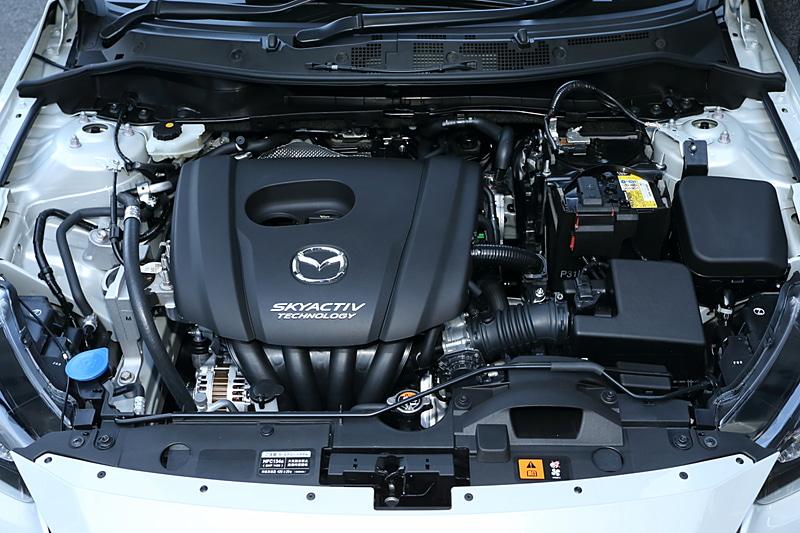 最高出力68kW(92PS)/6000rpm、最大トルク121Nm(12.3kgm)/4000rpmを発生する直列4気筒DOHC 1.3リッターエンジン