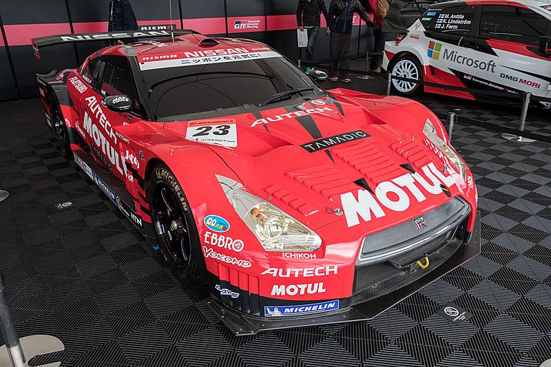 2013年のSUPER GTを走ったMOTUL AUTHCH GT-R