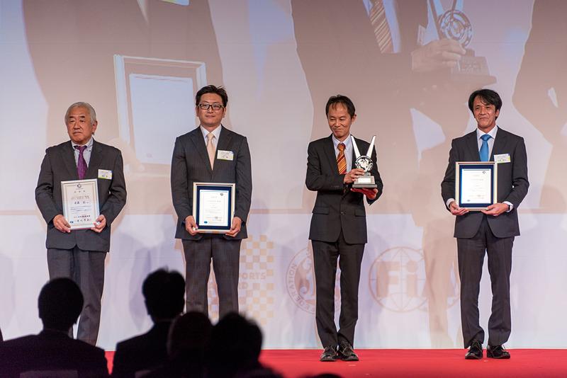 全日本ラリー選手権 クラス1 ナビゲーター チャンピオン:新井正和選手