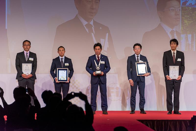 全日本ラリー選手権 クラス3 ドライバー チャンピオン:天野智之選手
