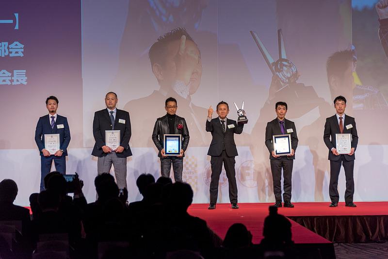 全日本ラリー選手権 クラス4 ドライバー チャンピオン:曽根崇仁選手