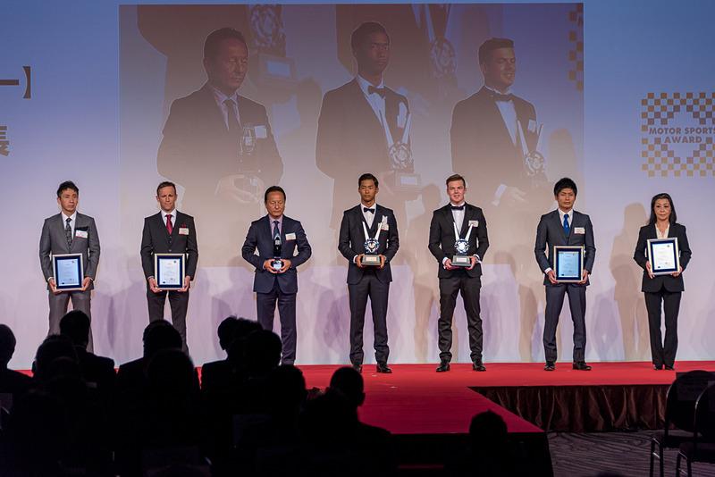 SUPER GT GT500クラス ドライバー チャンピオン:平川亮選手、ニック・キャシディ選手、同 チームチャンピオン:LEXUS TEAM KeePer TOM'S