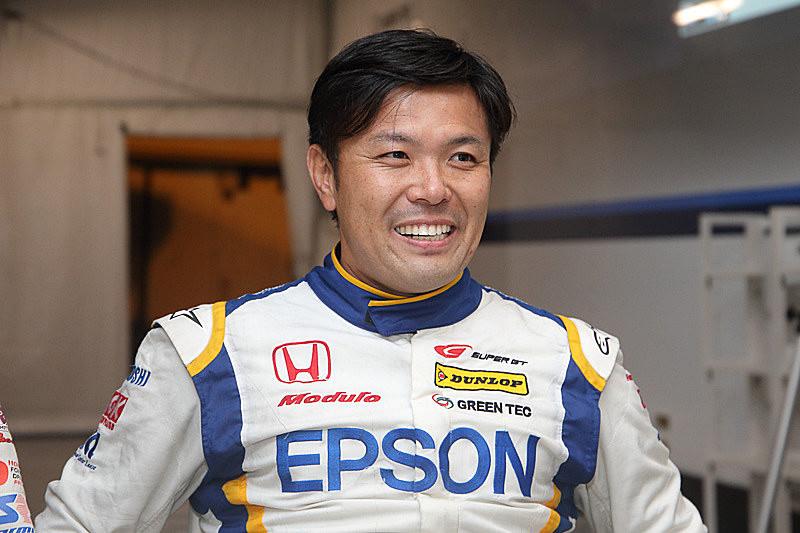 レーシングドライバーの松浦孝亮選手