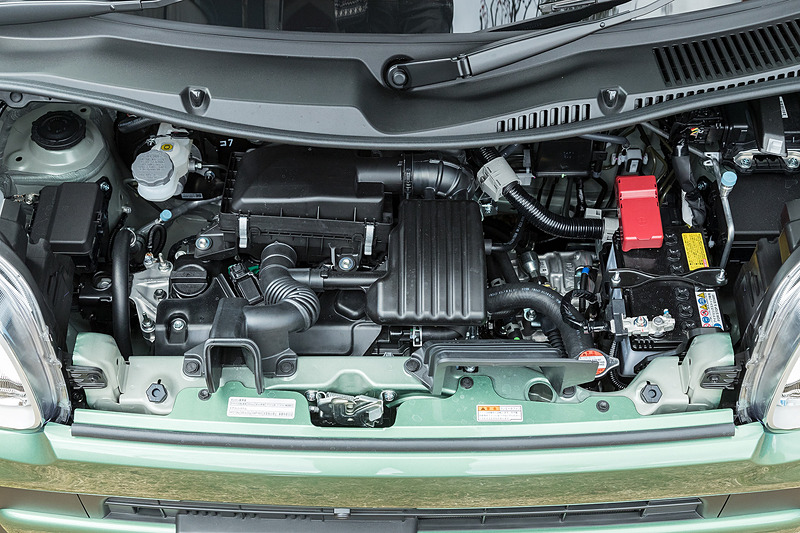 エンジンは先代同様R06A型を搭載。スペックは最高出力38kW(52PS)/6500rpm、最大トルク60Nm(6.1kgm)/4000rpm