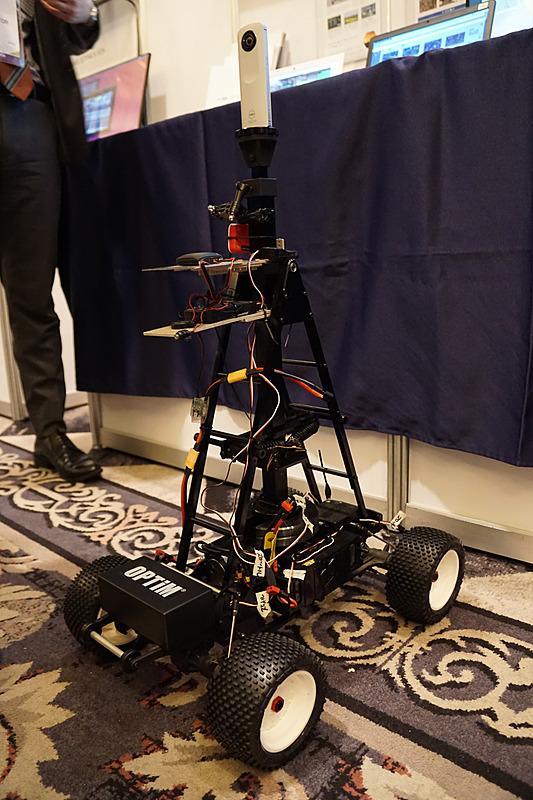 ロボット関連の展示もある