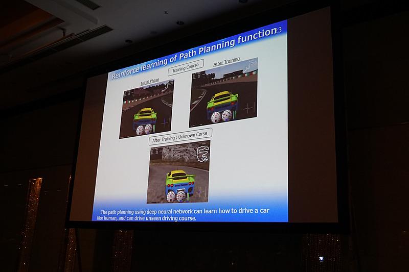 AIの運転スキルは学習により向上するという