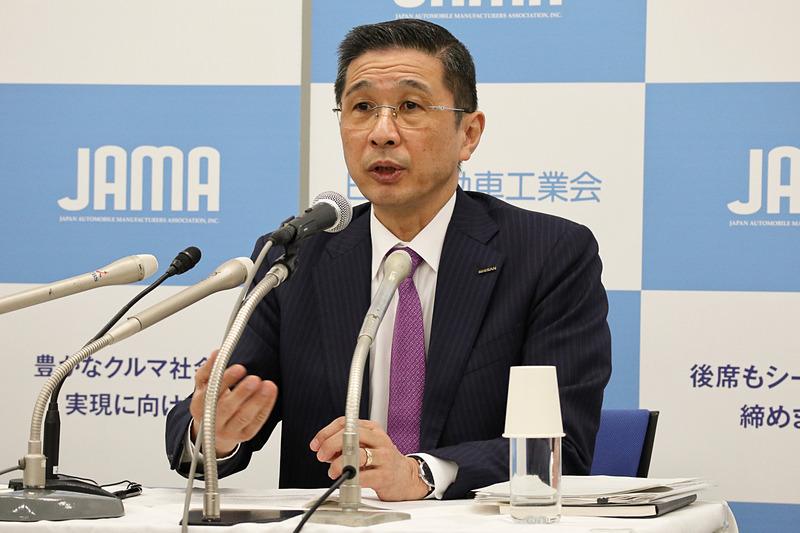 12月15日に行なわれた自工会・定例記者会見で話す日本自動車工業会 会長の西川廣人氏