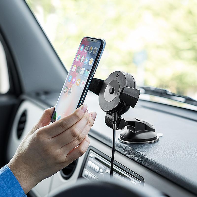 スマートフォンをワイヤレス充電できる「Qi」規格搭載の車載ホルダー「iPhone X/iPhone 8/iPhone 8 Plus/スマートフォン車載ホルダー(Qi充電対応・ダッシュボード取付・ゲル吸盤使用)700-WLC001」