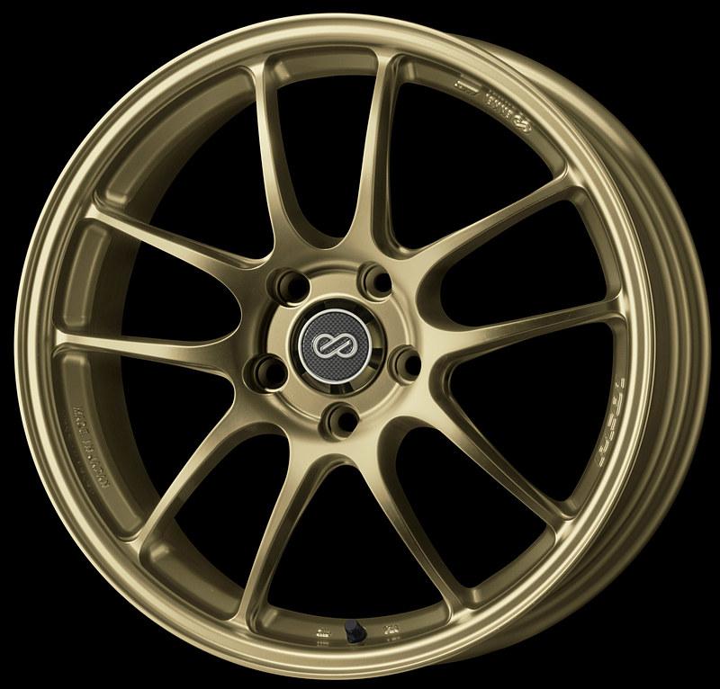 サイズは15×5J~18×8.5Jで、軽自動車からスポーツカーまで幅広く対応