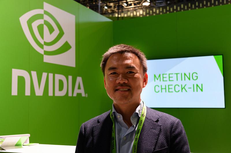 エヌビディア合同会社 オートモーティブビジネス事業部 事業部長 浜田勝氏。2018年のCESにおけるブース出展のポイントを聞いた