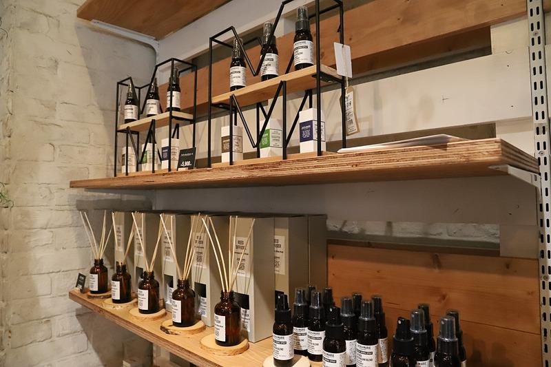 種類が豊富に取りそろえられたアロマは、オーストラリアの調香師に香りを作ってもらったという