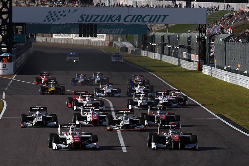 2016 全日本スーパーフォーミュラ選手権のスタートシーン