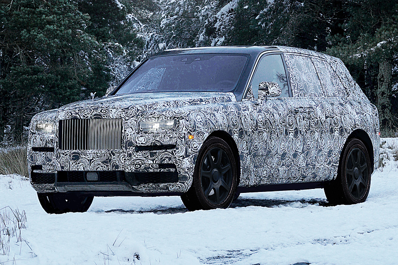 新型SUV「CULLINAN」のテスト車両