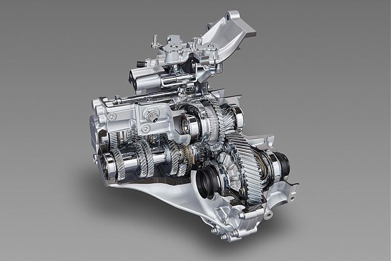 新型6速MT(マニュアルトランスミッション)