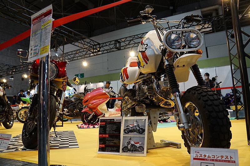 カスタムバイクの展示コーナー